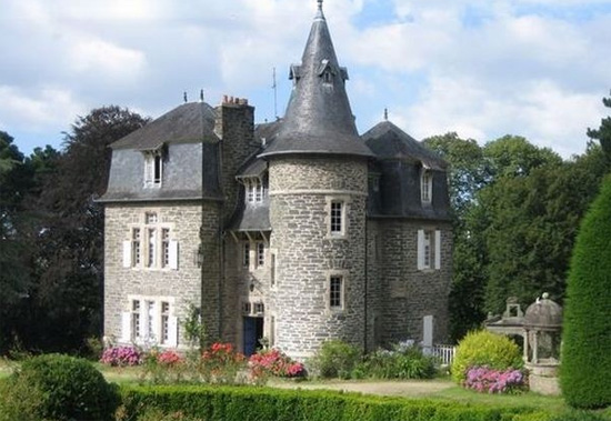 Bed and breakfast in a castle or mansion bed and for Chateau beds