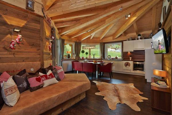 Holidays in a pension or bed and breakfast in austria - Alpen dekoration ...